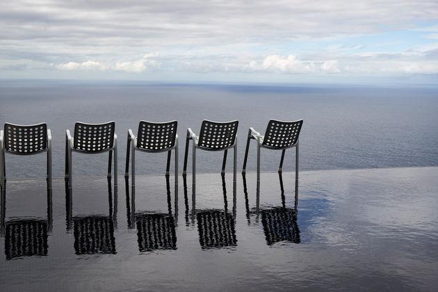 Landi-Chair_1_web