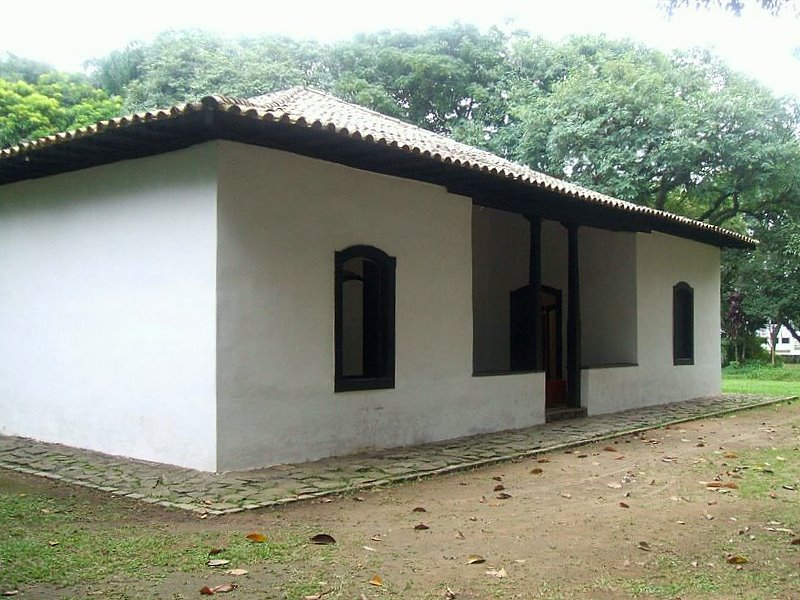 Casa_do_Bandeirante_03